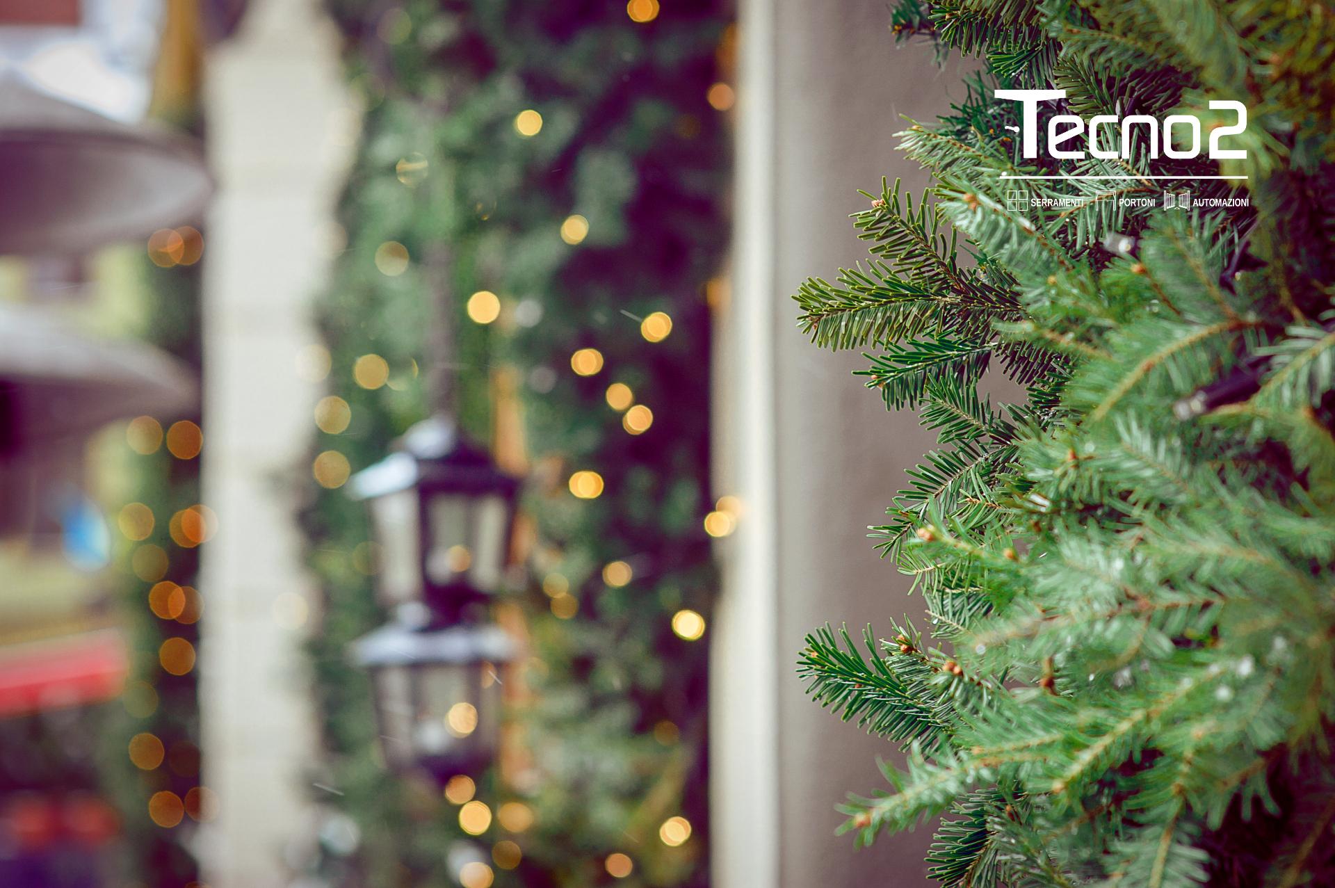 Decorare gli esterni di casa a Natale